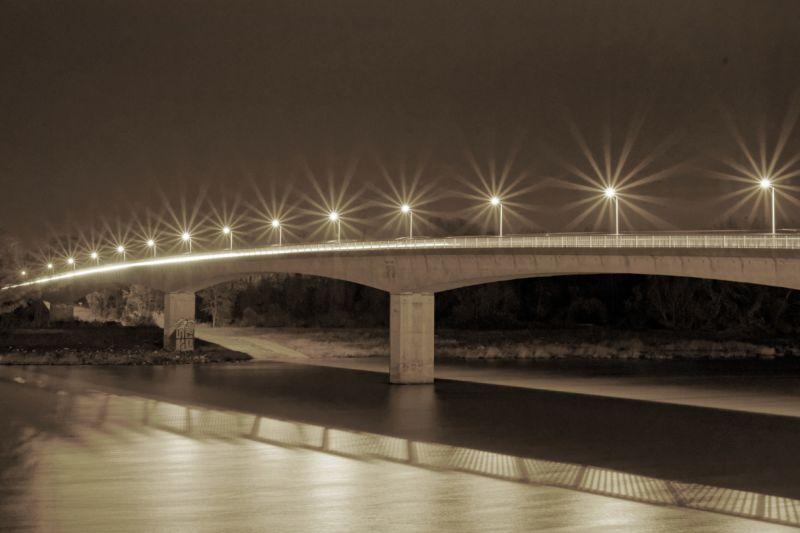 Photographie du pont de Bourg Saint Andéol en N&B